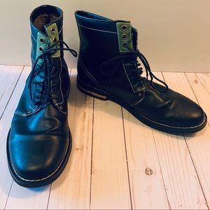 Penguin Boots | Jerry Jeff